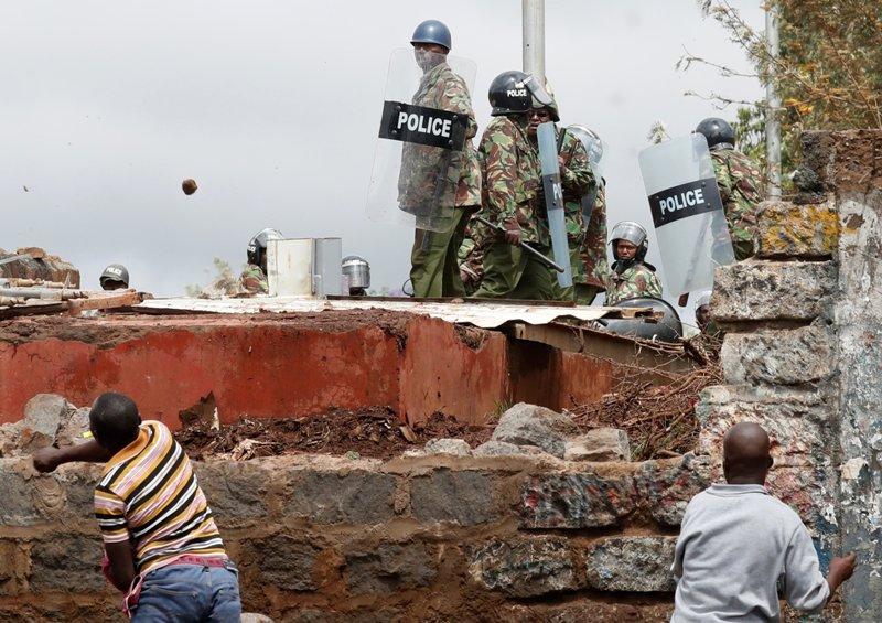 https: img-o.okeinfo.net content 2017 10 27 18 1803271 astaga-pemilu-ulang-kenya-diwarnai-penembakan-dan-pelemparan-batu-d8RNNQCUEU.JPG