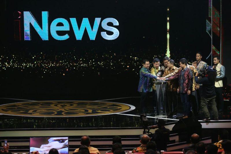 https: img-o.okeinfo.net content 2017 11 01 337 1806223 penuhi-kebutuhan-tayangan-berita-inews-tayang-di-4-stasiun-televisi-nasional-PnRaJneKgx.jpg