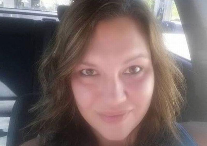 https: img-o.okeinfo.net content 2017 11 08 18 1810302 sedih-ibu-ini-tewas-karena-lindungi-keempat-anaknya-dari-penembakan-di-gereja-texas-Abzyt6gfky.jpg