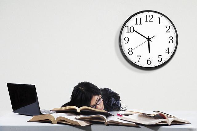 https: img-o.okeinfo.net content 2017 11 11 65 1812411 nih-5-alasan-menurunnya-produktivitas-kerja-f3MVHJWjSe.jpg
