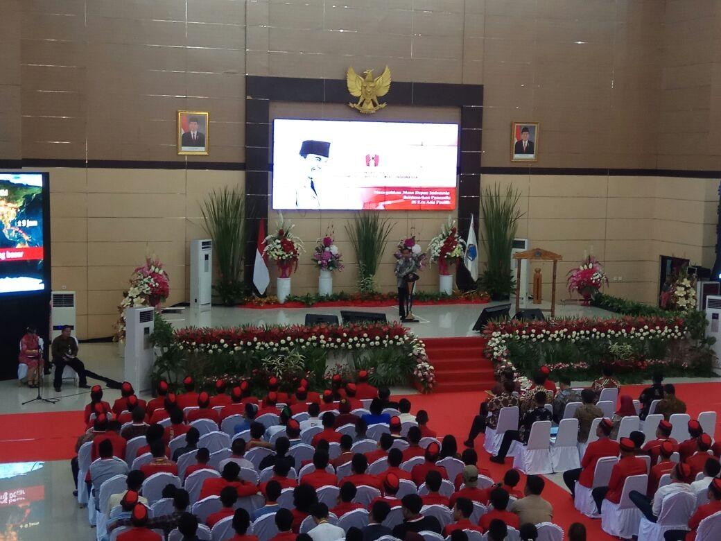 https: img-o.okeinfo.net content 2017 11 15 337 1814365 tepati-janjinya-jokowi-buka-kongres-ke-xx-gerakan-mahasiswa-nasional-indonesia-di-manado-NmxuO7tLgx.jpg