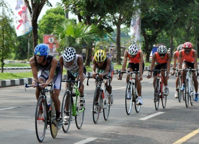 https: img-o.okeinfo.net content 2017 11 15 43 1814232 jelang-porprov-sumatera-selatan-2017-28-atlet-sepeda-ambil-bagian-j3ALwhQsH4.jpg