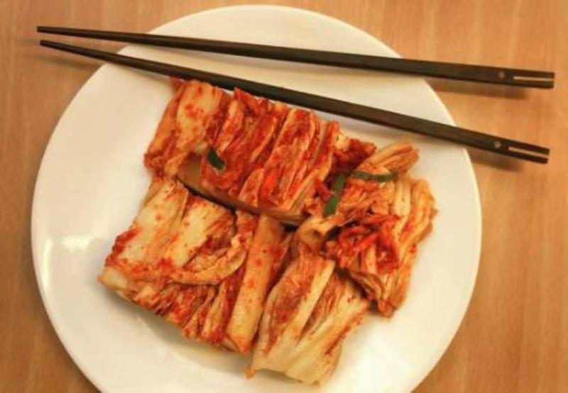 https: img-o.okeinfo.net content 2017 11 22 298 1818869 11-fakta-menarik-tentang-kimchi-kuliner-tradisional-khas-korea-fd193qqW65.jpg