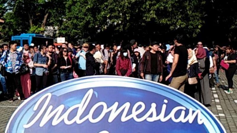 https: img-o.okeinfo.net content 2017 11 30 598 1822863 sensei-kaho-rela-ikut-audisi-indonesian-idol-2017-di-bandung-demi-anak-murid-6sHGY1zKuq.jpg