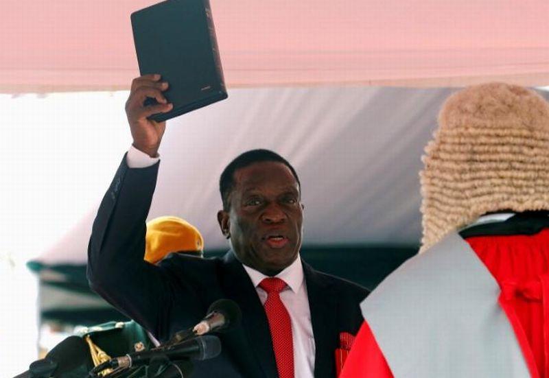 https: img-o.okeinfo.net content 2017 12 01 18 1823692 presiden-baru-zimbabwe-tunjuk-pejabat-militer-senior-untuk-duduki-kursi-menteri-q1mRUxxUpp.jpg