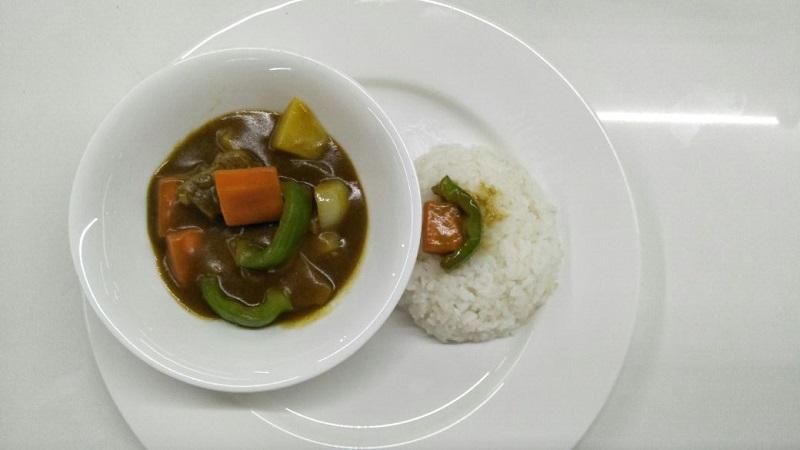 https: img-o.okeinfo.net content 2017 12 06 298 1826335 penuh-rempah-lezatnya-japanese-beef-curry-untuk-santap-malam-74J4zBqLb0.jpg