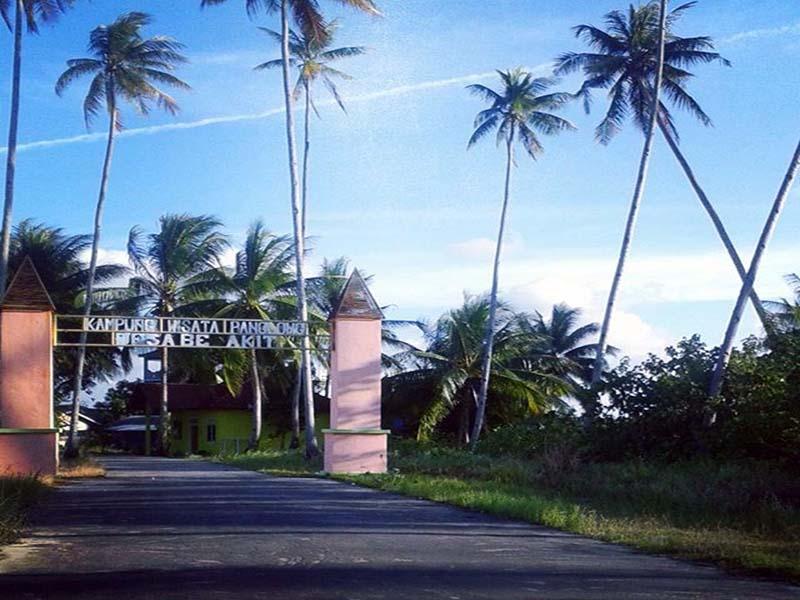 https: img-o.okeinfo.net content 2017 12 06 406 1826135 ternyata-kampung-penakluk-lautan-ada-di-indonesia-tepatnya-di-kampung-panglong-6nQIBeo9jS.jpg