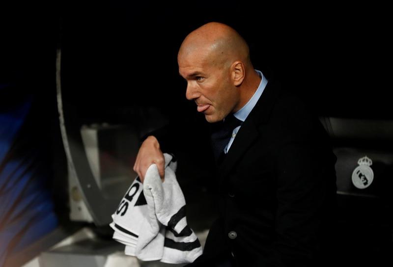 https: img-o.okeinfo.net content 2017 12 07 261 1826650 berbeda-dengan-ronaldo-zidane-belum-pikirkan-madrid-juara-liga-champions-3-musim-beruntun-8yDpj3gtte.jpg