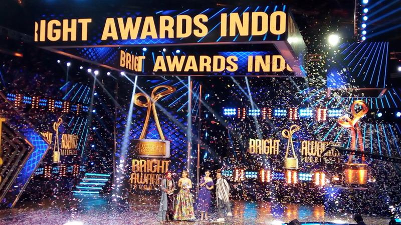 https: img-o.okeinfo.net content 2017 12 07 598 1826472 daftar-pemenang-bright-awards-indonesia-2017-ada-afgan-hingga-bcl-lho-4BI9LKizlB.jpg