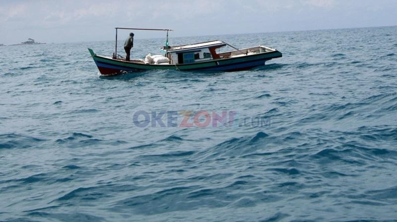 https: img-o.okeinfo.net content 2017 12 13 320 1829678 hari-nusantara-di-cirebon-menko-luhut-kapal-kapal-nelayan-sebagai-penggerak-perekonomian-JUsXaYdmMO.jpg