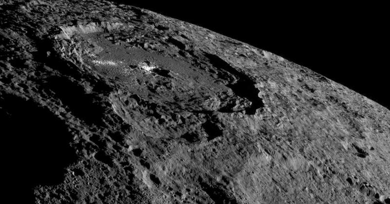https: img-o.okeinfo.net content 2017 12 15 56 1831080 ilmuwan-dengarkan-sinyal-dari-batuan-antariksa-seperti-apa-uKMS4cfLn8.jpg