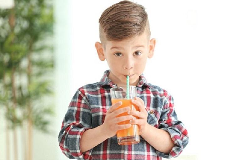 https: img-o.okeinfo.net content 2017 12 20 481 1833205 anak-minum-jus-buah-terlalu-manis-tingkatkan-risiko-terkena-asma-kwzJFLFLr1.jpg