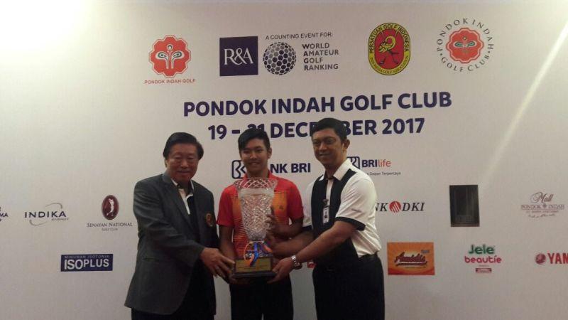 https: img-o.okeinfo.net content 2017 12 21 43 1834230 jonathan-wijono-sabet-penghargaan-di-international-junior-golf-championship-UplQ8fIx6V.jpeg