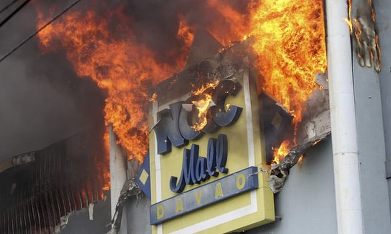 https: img-o.okeinfo.net content 2017 12 24 18 1835404 tak-ada-korban-wni-dalam-kebakaran-mal-di-filipina-dUfLgdaXQt.jpg