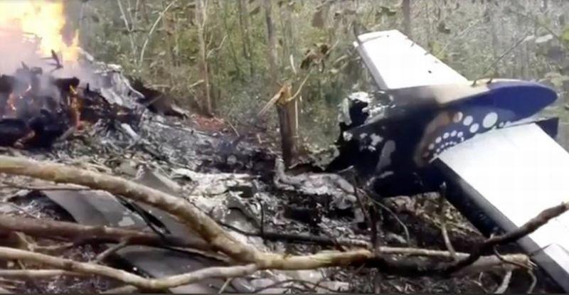 https: img-o.okeinfo.net content 2018 01 01 18 1838448 kecelakaan-pesawat-di-kosta-riska-12-orang-tewas-n9AkZC9Irx.jpg