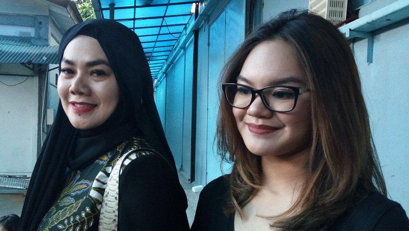 https: img-o.okeinfo.net content 2018 01 03 194 1839284 gaya-stylish-4-anak-perempuan-sarita-abdul-mukti-tengok-yuk-hnOv5ryPvZ.jpg