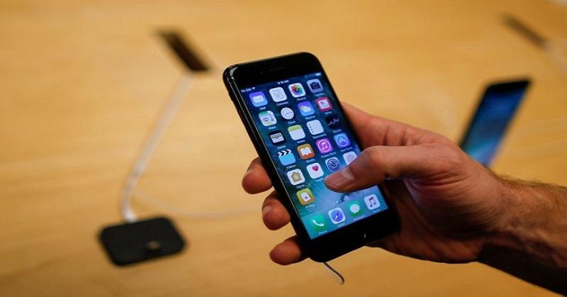 https: img-o.okeinfo.net content 2018 01 03 57 1839305 apple-bebaskan-syarat-penggantian-baterai-untuk-iphone-lemot-sl6sx2OpUP.jpg