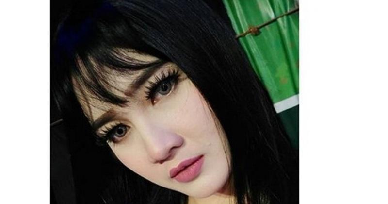 https: img-o.okeinfo.net content 2018 01 05 33 1840848 tahun-2018-nella-kharisma-tampil-dengan-gaya-rambut-baru-G8GBBW9Ntm.jpg