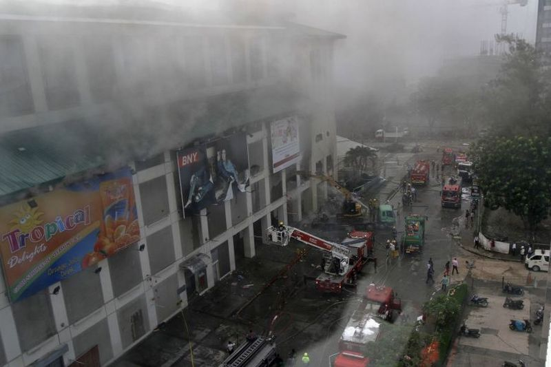https: img-o.okeinfo.net content 2018 01 07 18 1841382 lagi-sebuah-mal-di-filipina-dilanda-kebakaran-zy2YeSGoIh.jpg