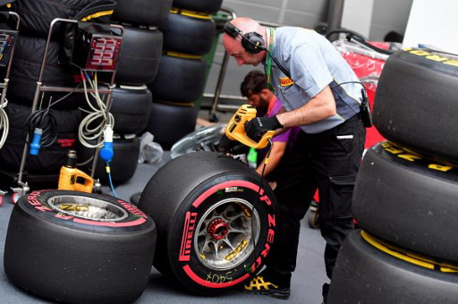 https: img-o.okeinfo.net content 2018 01 07 37 1841398 horner-sambut-positif-ban-baru-pirelli-musim-2018-79dPSqMOVe.jpg