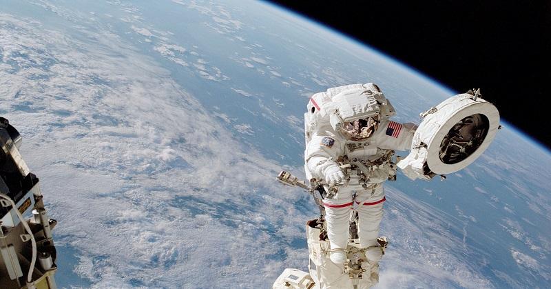 https: img-o.okeinfo.net content 2018 01 10 56 1842723 5-mitos-seputar-astronot-yang-dijelaskan-nasa-Q378EC9nqN.jpg