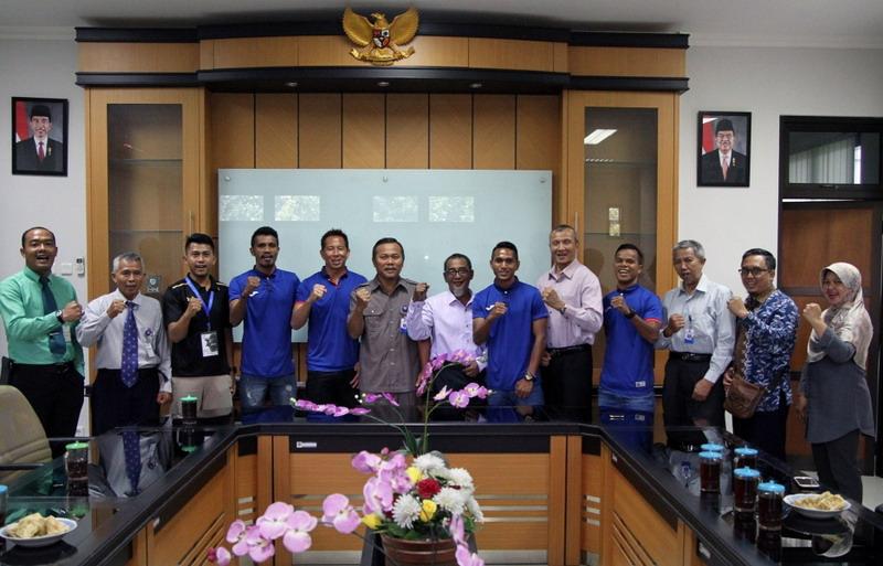https: img-o.okeinfo.net content 2018 01 11 51 1843354 prakiraan-susunan-pemain-indonesia-selection-vs-timnas-islandia-zxwdQ2Znnf.jpg