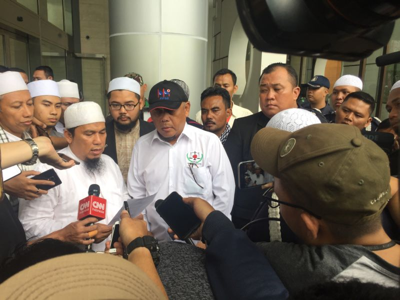 https: img-o.okeinfo.net content 2018 01 12 338 1844169 hanya-diterima-pengelola-gedung-massa-aksi-121-kecewa-dengan-facebook-indonesia-qKbItcnSdP.jpg
