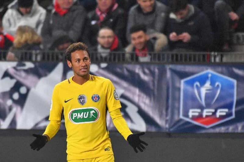 https: img-o.okeinfo.net content 2018 01 12 51 1844173 ronaldo-kepindahan-neymar-ke-psg-sebuah-kemunduran-xLjjBiWpyb.jpg