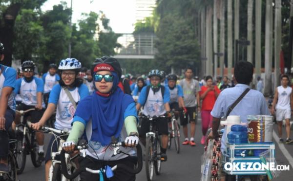 https: img-o.okeinfo.net content 2018 01 14 340 1844758 galang-calon-barisan-indonesia-muda-perindo-agam-dan-llc-gelar-sepeda-fun-bike-JqdogF74mv.jpg