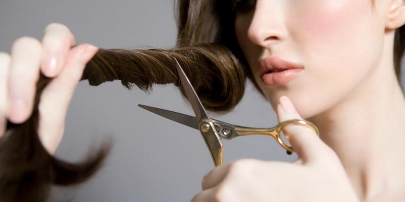 https: img-o.okeinfo.net content 2018 01 17 196 1846243 seorang-wanita-cukur-botak-rambutnya-reaksi-sang-suami-sungguh-tak-terduga-AlnoIagTcc.jpg