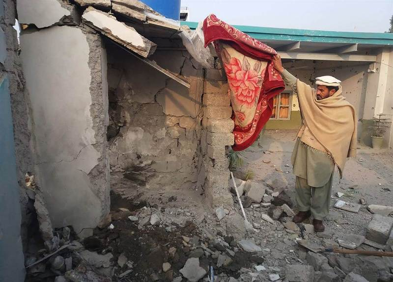 https: img-o.okeinfo.net content 2018 01 25 18 1850133 komandan-taliban-tewas-ditembak-drone-as-saat-mandi-Mtl0luzQkJ.jpg