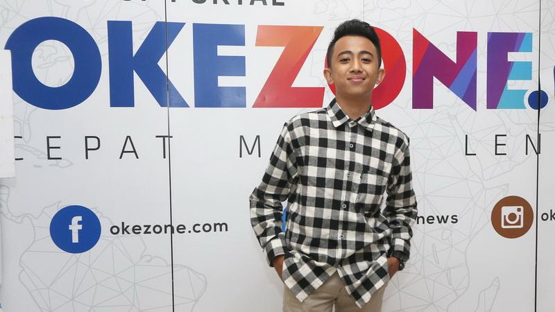 https: img-o.okeinfo.net content 2018 01 27 205 1851159 sentuhan-broadway-di-single-terbaru-bukti-rian-idol-junior-perkaya-wawasan-musik-DJozSzA01d.jpg