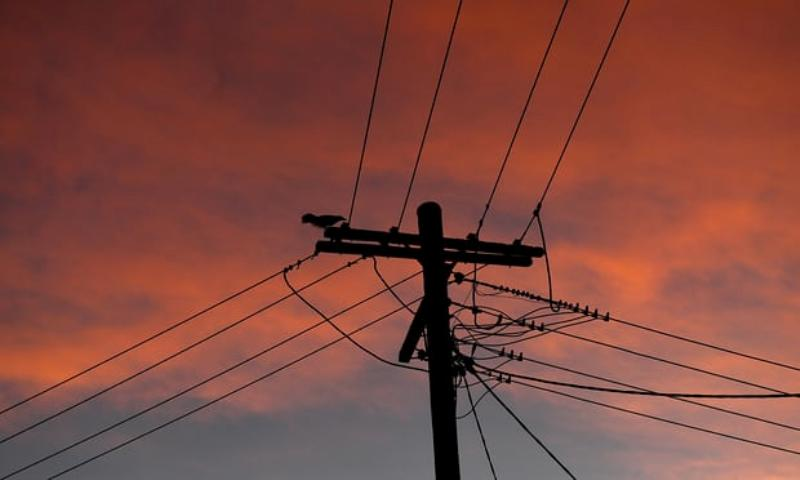 https: img-o.okeinfo.net content 2018 01 29 18 1851674 gelombang-panas-australia-bikin-puluhan-ribu-rumah-tanpa-listrik-ExZrvjJ55W.jpg