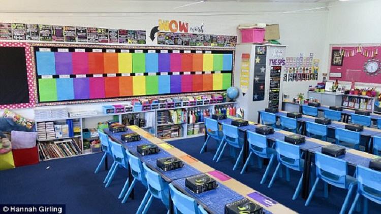 https: img-o.okeinfo.net content 2018 01 30 196 1852313 dekorasi-kelas-pelangi-bikin-anak-anak-semangat-belajar-di-sekolah-mZygdipT3D.jpg