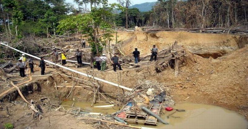 https: img-o.okeinfo.net content 2018 02 08 340 1856368 hancurkan-bongkahan-tanah-dua-pekerja-tambang-ilegal-tewas-tertimbun-aossNJn7VK.jpg