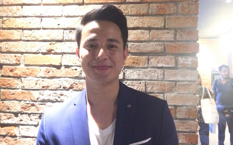 https: img-o.okeinfo.net content 2018 02 10 206 1857482 ni-salah-satu-adegan-yang-ingin-ditake-ulang-oleh-billy-davidson-di-meet-me-after-sunset-V4WkRBEOE8.jpg