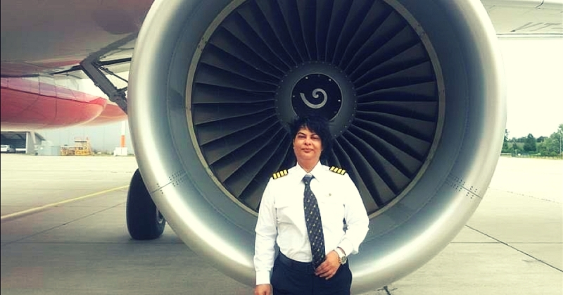 https: img-o.okeinfo.net content 2018 02 13 18 1858954 manuver-brilian-perempuan-pilot-india-hindarkan-pesawat-dari-tabrakan-EJTdHcNnrk.jpg
