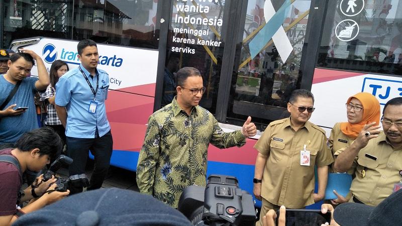 https: img-o.okeinfo.net content 2018 02 13 481 1858898 melalui-bus-transjakarta-dinkes-dki-jakarta-edukasi-pentingnya-deteksi-kanker-dini-EMipoMlzzT.jpg