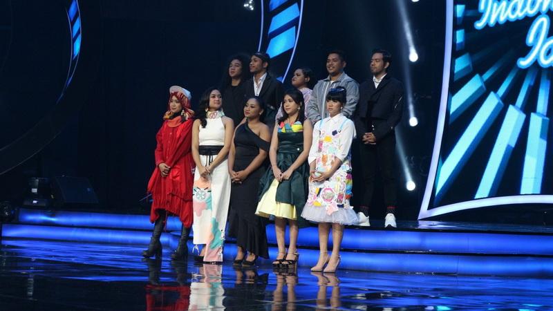 https: img-o.okeinfo.net content 2018 02 13 598 1859136 tantangan-baru-top-10-indonesian-idol-saling-duet-malam-ini-qt7BytDtvr.jpg