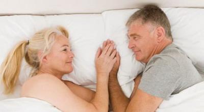 https: img-o.okeinfo.net content 2018 02 15 196 1859848 bagaimana-kehidupan-seks-orang-orang-berumur-di-atas-65-tahun-X9kCDAYZ1u.jpg