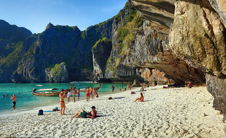 https: img-o.okeinfo.net content 2018 02 15 406 1859865 terumbu-karang-rusak-pemerintah-thailand-tutup-pantai-lokasi-syuting-film-the-beach-cHFolWPemi.jpg