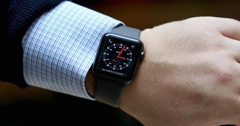 https: img-o.okeinfo.net content 2018 02 15 57 1860202 apple-mulai-jual-smartwatch-series-3-versi-refurbished-Q2zSWjoOsk.jpg