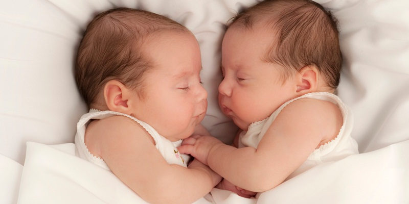 https: img-o.okeinfo.net content 2018 02 18 481 1861024 ternyata-program-bayi-tabung-tidak-selalu-menghasilkan-anak-kembar-iIRwdxht0I.jpg