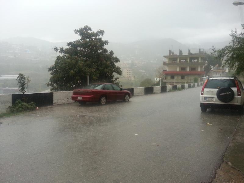 https: img-o.okeinfo.net content 2018 02 19 18 1861761 hujan-lebat-akibatkan-banjir-di-seluruh-lebanon-PV4sWGA5zr.jpg