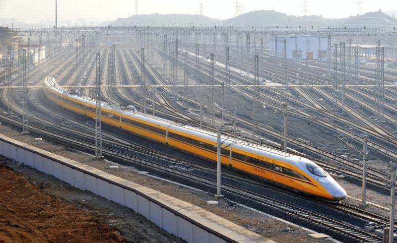 https: img-o.okeinfo.net content 2018 02 20 320 1862268 tren-bisnis-lapangan-kerja-indonesia-hingga-anggaran-kereta-cepat-jakarta-bandung-bengkak-Ceo4YlmtMH.jpg