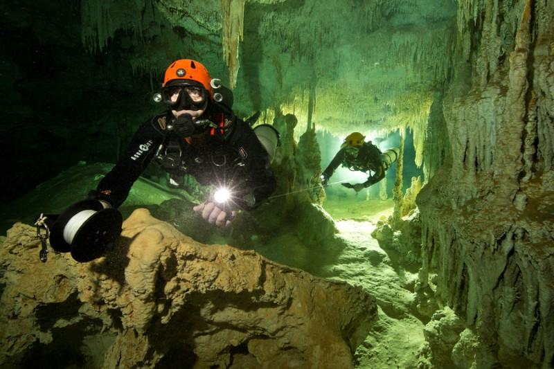 https: img-o.okeinfo.net content 2018 02 21 18 1862527 fosil-manusia-berusia-9-000-tahun-ditemukan-di-gua-besar-meksiko-qSdcuxTLGp.jpg