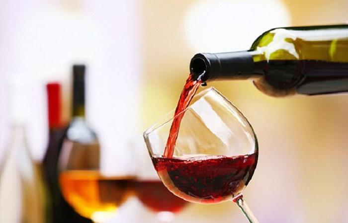 https: img-o.okeinfo.net content 2018 02 23 481 1863945 minum-wine-merah-bisa-cegah-terjadinya-kerusakan-gigi-RuczXyZZjR.jpg