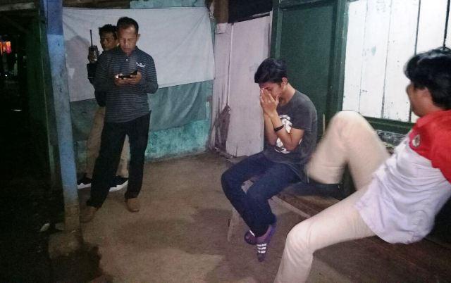 https: img-o.okeinfo.net content 2018 02 24 338 1864117 mabuk-berat-2-gadis-di-bekasi-nyaris-diperkosa-temannya-uIaVliX13V.jpg