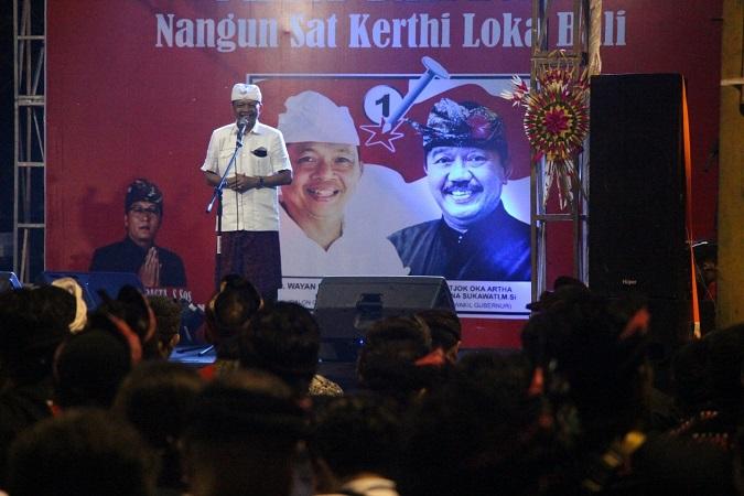 https: img-o.okeinfo.net content 2018 03 05 340 1868354 warga-denpasar-curhat-sulit-dapat-akses-ke-pantai-untuk-upacara-ke-wayan-koster-uU7SLHsJfo.jpg