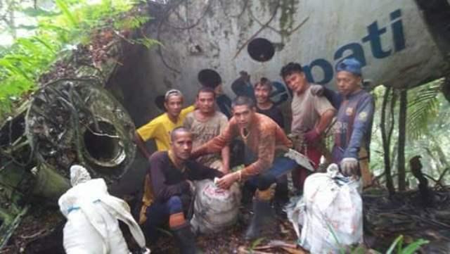 https: img-o.okeinfo.net content 2018 03 08 340 1869717 bangkai-pesawat-merpati-yang-jatuh-26-tahun-silam-hebohkan-warga-gorontalo-TWn1IpBAIH.jpg